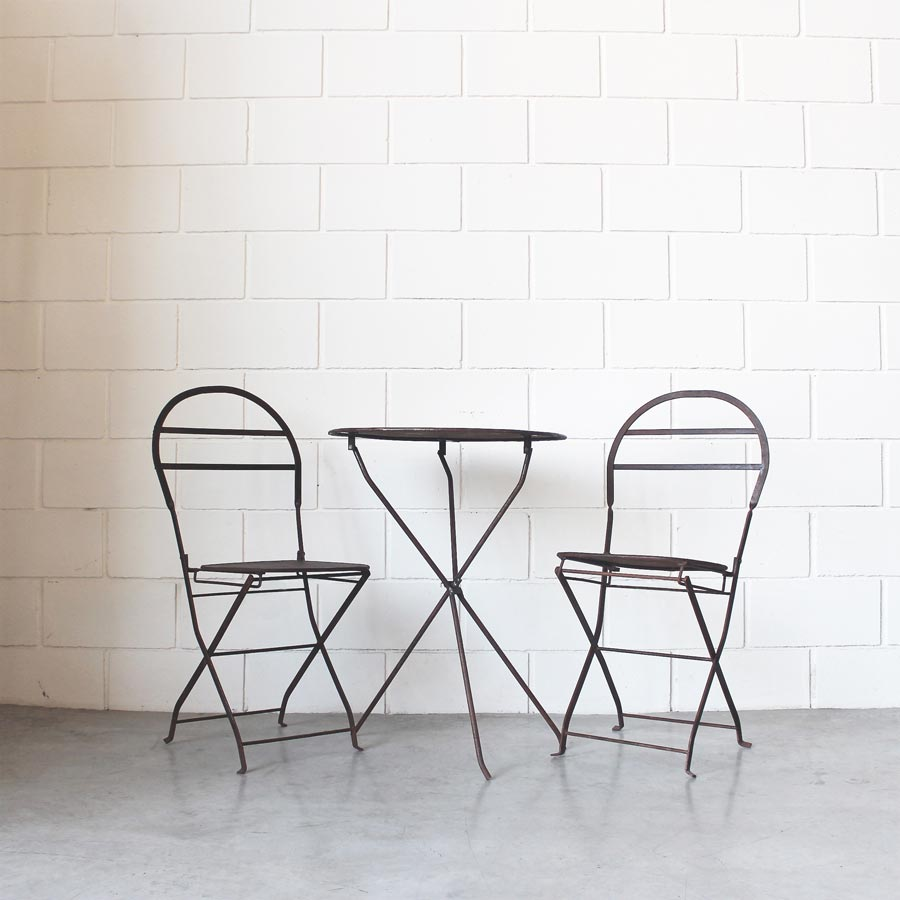 Juego Quilmes (2 sillas + 1 mesa) | Estacion Ortiz