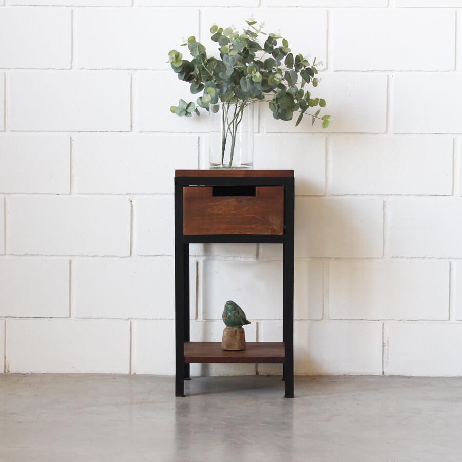 Mesa de luz hierro y madera estacion ortiz - Mesa de hierro ...
