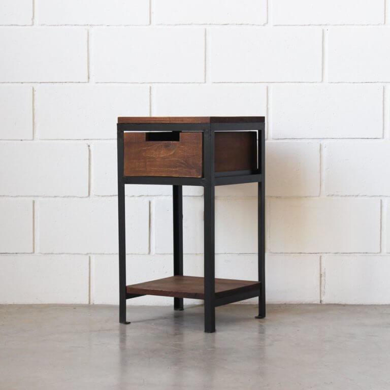 Mesa de luz hierro y madera estacion ortiz for Mesa de luz para dibujo